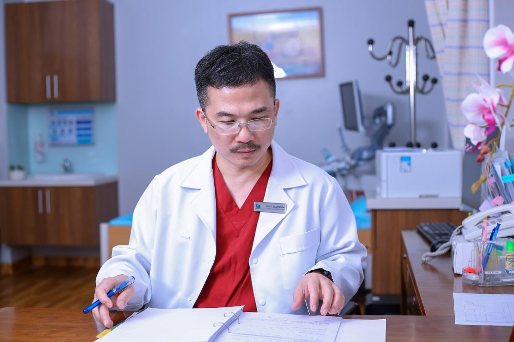 PGS.TS.BS Lê Hoàng - Giám đốc Trung tâm hỗ trợ sinh sản, bệnh viện đa khoa Tâm Anh, Hà Nội (IVFTA)