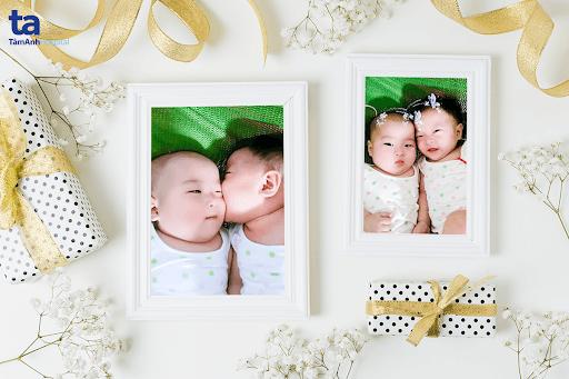 Hai thiên thần nhỏ Bảo Anh và Phương Linh ra đời là thành quả từ lần thụ tinh ống nghiệm đầu tiên của chị Trang tại IVFTA