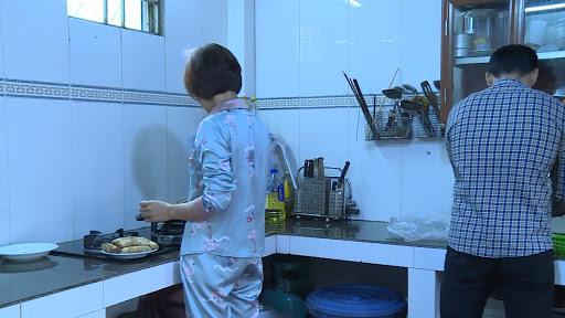 Chị H. đã có thể tự tin vào bếp sau khi khỏi bệnh