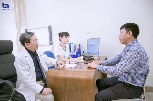 """Với hơn 30 năm theo ngành Thần kinh học, PGS.TS.BSCKII Nguyễn Văn Liệu đã thành """"ân nhân"""" của hàng vạn bệnh nhân mắc bệnh động kinh nói riêng và các bệnh lý thần kinh nói chung"""