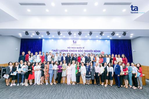 Hội thảo là cơ hội để cán bộ nhân viên Tâm Anh được trau dồi chuyên môn, học hỏi kinh nghiệm từ các chuyên gia danh tiếng đến từ Pháp