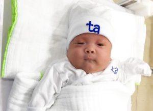 BV Tâm Anh nuôi sống bé sinh non 24 tuần 5 ngày, nặng 550g