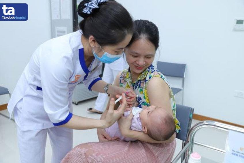 tiem vaccine phong benh ho hap