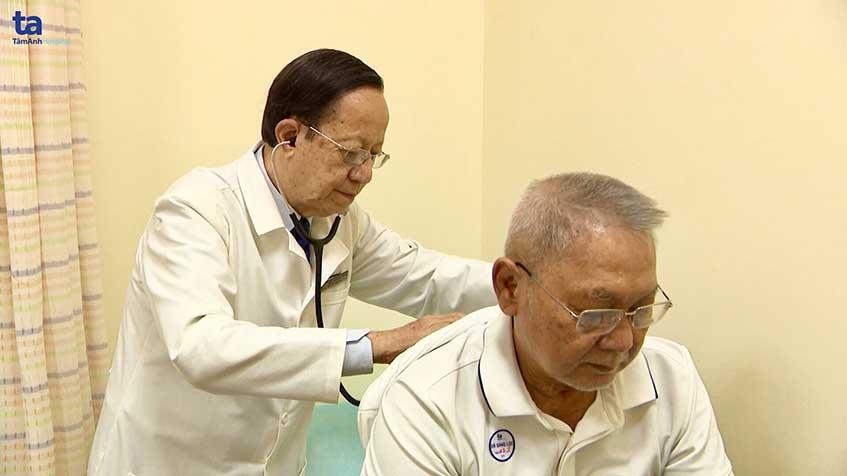 BS Phạm Nguyễn Vinh