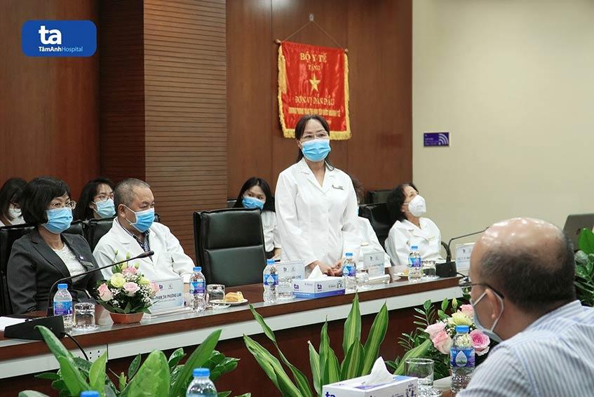 PGS. TS. BS. Nguyễn Thị Bạch Yến, Trưởng khoa Tim mạch BVĐK Tâm Anh phát biểu trong buổi lễ ký kết